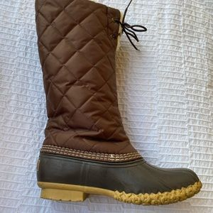 LLBean. Brown quilted top sheepskin fur lining 6